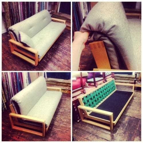 Designad soffa med tyg från Kvadrat